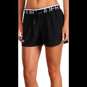 NWT UNDER ARMOUR WOMENS PLAY UP SHORTS LARGE